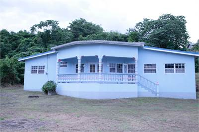 3 Bedrooms House for Rent in Anse La Raye