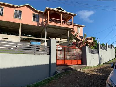 CHARMING RESIDENTIAL PROPERTY FOR SALE IN WHITE ROCK, CORINTHE, GROS ISLET
