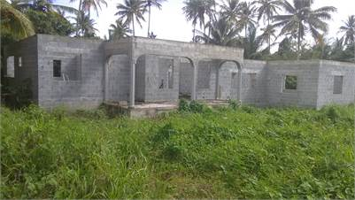 Unfinished house for Sale on 8000 sq. ft. of land at Balembouche Choiseul